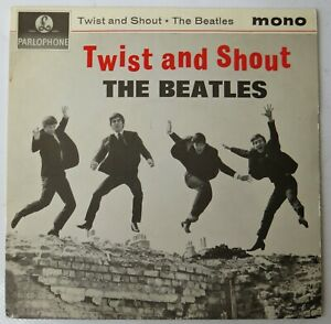"""THE BEATLES - TWIST AND SHOUT - 7"""" VINYL 1978 RE-PRESS - SOLID CENTER - EX"""