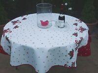 Tischdecke Provence 160 cm rund weiß rot Weihnachten aus Frankreich Antiflecken