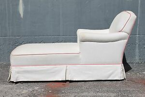 MID CENTURY MODERN LOVELY CHAISE LOUNGE, circa 1950-1960