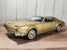 Road Signature 1966 Olds Toronado 1:18 Scale Diecast Model Car Oldsmobile
