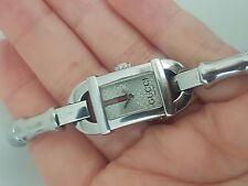 Gucci reloj en acero módelo Bamboo 6800 L ver fotos precioso regalo