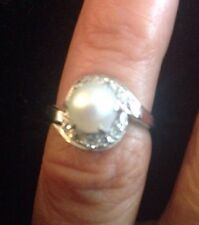 14K Gold Pearl Diamond Ring