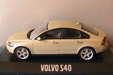 VOLVO S40 TS 2003 SAFARI GREEN MINICHAMPS 1/43 SWEDEN