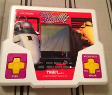 Tiger Electronics Super Speedway Car Racing Handheld Game. Working.  Dated 1994