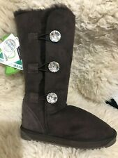 Stock Clearance - Ever UGG - women's Classic tall with crystal buttons - US 6