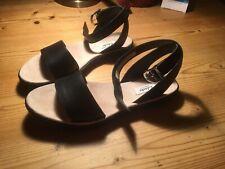 Clarks Black Leather Sandals 6