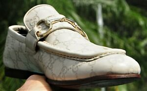 """Man's GUCCI OFF WHITE  Leather """"GG"""" Embossed Loafer Shoes Brand size  9 D G"""