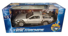 COCHE REGRESO AL FUTURO II DELOREAN BACK TO THE FUTURE WELLY REPLICA 1:24