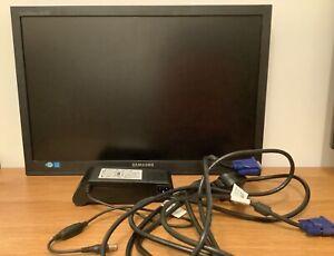 """SAMSUNG 19"""" LCD VGA MONITOR S19A200NW DISPLAY RESOLUTION 1440 X 900 PIXELS~VGC~"""