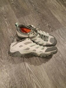 Merrell Women's Moab Ventilator Drizzle/Mint Size 10 J24466 Hiking Shoes