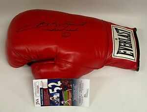 SUGAR RAY LEONARD Signed Autograph Auto Everlast Boxing Glove JSA COA