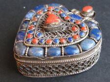 "Bijou ""Ghau"" en Argent Lapis Lazuli du NEPAL"