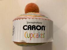 CARON Cupcakes yarnspirations 85 G balle avec pompon 100/% acrylique Nougat