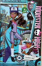 Monster High Clawdeen Wolf deporte es asesinato bjr12 nuevo/en el embalaje original muñeca