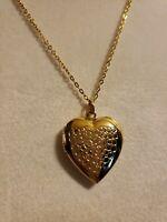 Heart Locket Gold Tone Pendant Japan 18 inch Gold Tone Chain Korea Vintage