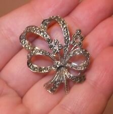Vintage Ribbon/Bow Style Marcasite Brooch in Gift Box