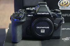 Olympus OM-E-M1 16.0MP D solo corpo della fotocamera digitale-nero, in scatola, Superbo!