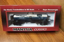 MANTUA CLASSICS/MRC 40' SINGLE DOME TANK CAR UNION CARBIDE #501 HO SCALE