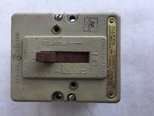 K173 Ge Circuit Breaker 10A 3 Pole Type A-10L