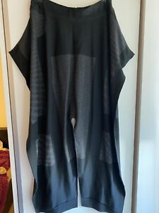Issey Miyake Rusk trousers Size 2 RRP£656