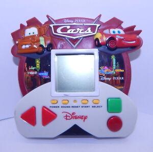 CARS Electronic Handheld Game Zizzle Disney/Pixar R12964