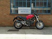 Ducati Monster M900 S 1999 Carb model in Red with carbon