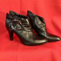 Michelle D Florence Boots Zipper and Buckle Ankle Size 6 1/2 M Black Leather GUC