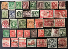 AUSTRALIA - Large Lot of Vintage POSTAGE STAMPS. Beautiful Assortment.