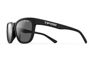 Tifosi Swank, Satin Black, Smoke Polarized Lenses, 1500500151 NEW!