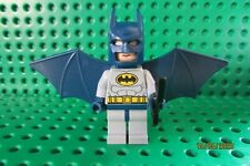 Lego Batman Minifigure with Accessory from Set 6858