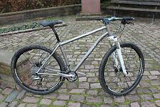 Fahrräder in Silber