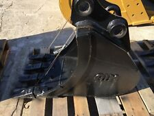 "New 16"" Heavy Duty Excavator Bucket for a Takeuchi Tb135"