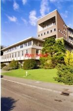 PHOTO  2000 LAVER BUILDING UNIVERSITY OF EXETER EXETER'S FABULOUS CAMPUS STRADDL