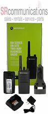 NEW MOTOROLA RMU2080 UHF 2W 8CH BUSINESS RADIO NIGHTCLUB HOTEL WAREHOUSE STAFF