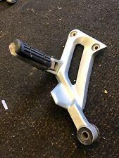 Yamaha Fjr 1300 Fjr1300 Left Footrest Hanger Exhaust Hanger. From A 2002