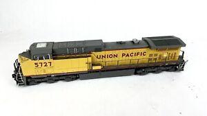 VTG KATO HO SCALE UNION PACIFIC MODEL UP # 5727 DIESEL LOCOMOTIVE TRAIN ENGINE
