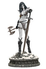 DIAMOND SELECT,WOMEN OF DYNAMITE.RED SONJA STATUE 30CM,BLACK/WHITE- LE 99 UNITS