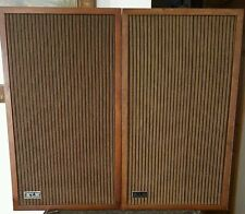 VINTAGE KLH MODEL 38 THIRTY EIGHT WOOD BOOK SHELF SPEAKERS LOUD