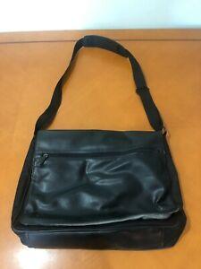 Men's Perry Ellis Portfolio Black Nylon Messenger Laptop Bag Briefcase 16x12x4