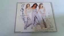 "GLORIA ESTEFAN ""HOLD ME THRILL ME KISS ME"" CD SINGLE 3 TRACKS"