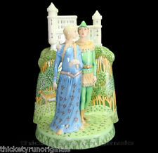 ROYAL DOULTON Porcelain Figurine ROBIN HOOD AND MAID MARIAN  HN3111 GREAT LOVERS