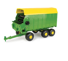 John Deere 1/16 Big Farm Forage Wagon #Lp67325