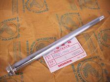 Schwingenachse Achse Schwinge / Axle Rear Swingarm Honda NX 650 Dominator RD02