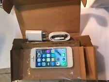 iPhone 5 16 Go  Débloqué avec facture et garantie ,vendeur PRO - stock en France