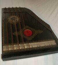 historisches Musikinstrument Zither