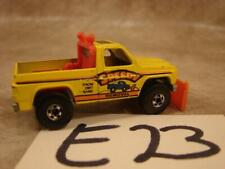 E23 VINTAGE 1979 HOT WHEELS YELLOW PLOW TRUCK 4X4 SPEEDY SNOW DIRT SAND REMOVAL
