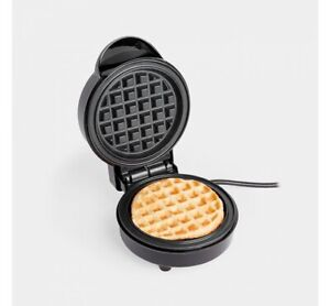 USED Mini Waffle Maker 700W with Non-Stick Coating - American/Belgium Waffles