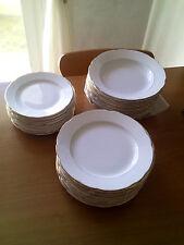 servizio di piatti in ceramica laveno