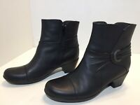 Clarks Bendables Ankle Boots Black Leather Side Zip Heel Women's Size 8 M