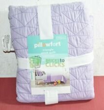 Pillowfort- Triangle Stitch Microfiber Full/Queen Quilt, Purple